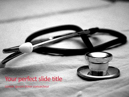 Medical: Plantilla de PowerPoint gratis - estetoscopio médico en cama de hospital #16025