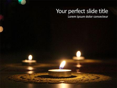 Holiday/Special Occasion: Plantilla de PowerPoint gratis - velas encendidas en ocasión del festival de diwali #16059