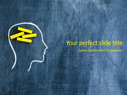 Medical: Modelo do PowerPoint - contorno da cabeça humana no quadro-negro #16126
