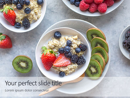 Food & Beverage: Homemade Oatmeal with Berries Presentation #16264