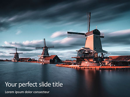 Nature & Environment: Modello PowerPoint Gratis - Three windmills by the lake #16300