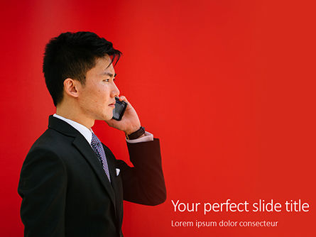 People: Modelo do PowerPoint - man holding smartphone wearing black notched-lapel suit jacket #16429