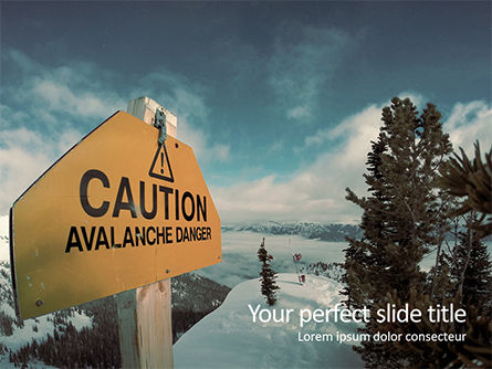 Nature & Environment: Warning sign of avalanche danger presentation Kostenlose PowerPoint Vorlage #16527