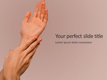 Medical: Hand Skin Care Presentation Gratis Powerpoint Template #16637