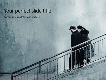 People: Couple Goes Down The Stairs Presentation Gratis Powerpoint Template #16679
