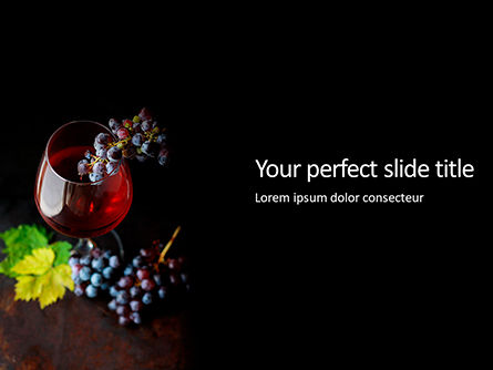 Food & Beverage: A Glass Of Red Wine And Grapes Presentation Gratis Powerpoint Template #16689